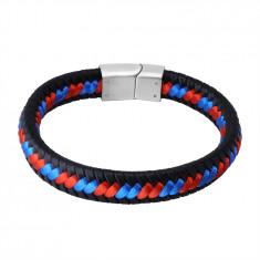 Čierny kožený náramok - zapletené červené a modré šnúrky, zásuvné zapínanie