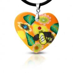 Šperky eshop - Fimo náhrdelník - oranžové srdce s kvetmi a včelička S17.24