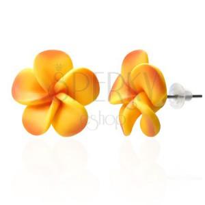 Žlto - oranžové Fimo náušnice z lupienkov