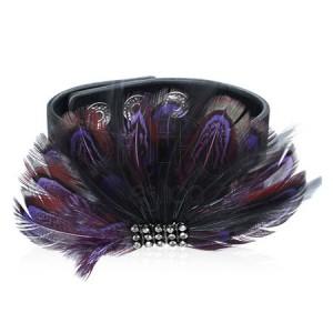 Kožený náramok - fialové pierka, semiš