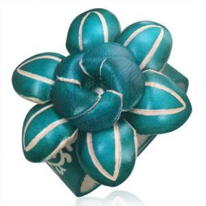 Kožený náramok - tmavozelený 3D kvet