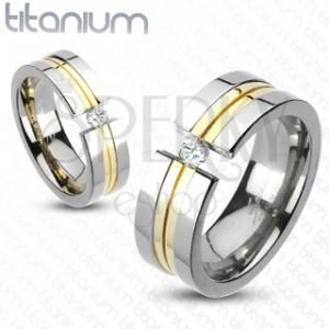 Prsteň z titánu - dva pásy zlatej farby, zirkón