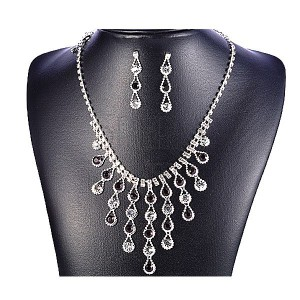 Sada náhrdelník a náušnice - padajúce slzy, čierne a číre
