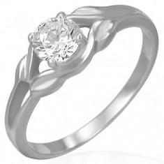 Šperky eshop - Oceľový zásnubný prsteň - číry zirkón v slučke F6.3 - Veľkosť: 48 mm