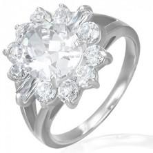 Zásnubný prsteň - mohutný zirkónový kvet