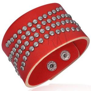 Červený vybíjaný náramok z umelej kože