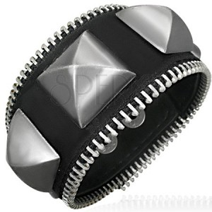 Zipsový náramok - veľké kovové pyramídy