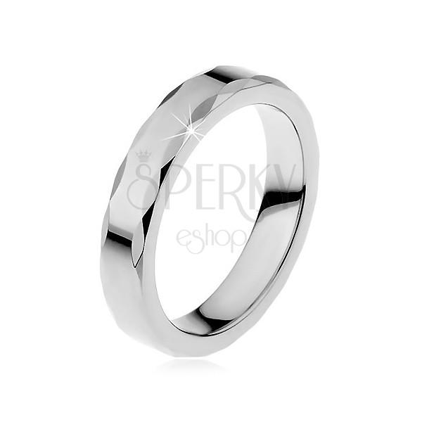 Dámsky wolfrámový prsteň so stužkovým okrajom
