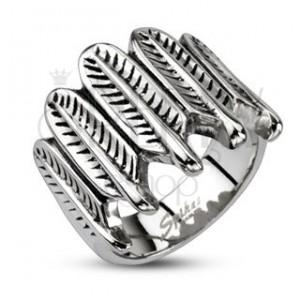 Oceľový prsteň - indiánske pierka