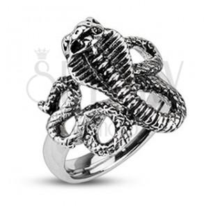 Patinovaný oceľový prsteň - zúrivá kobra