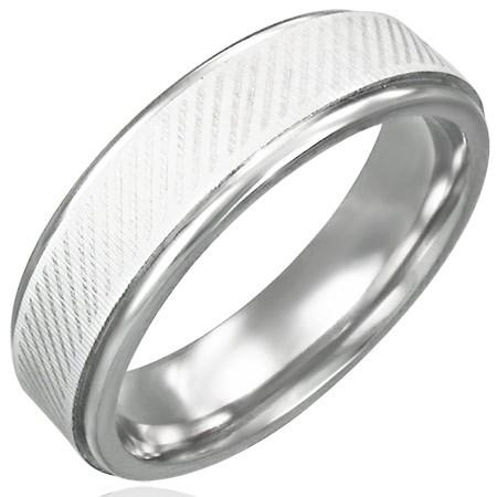 Prsteň z chirurgickej ocele - diagonálne línie - Veľkosť: 62 mm