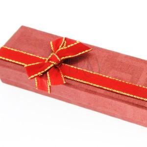 Darčeková krabička na retiazku - červená, dvojfarebná mašľa