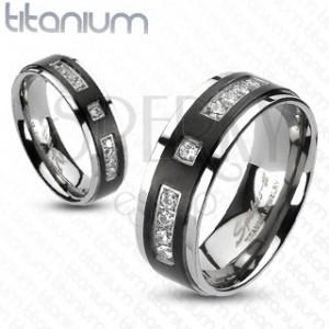 Prsteň z titánu s matným čiernym pruhom a kamienkami