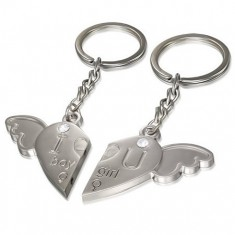 Šperky eshop - Kľúčenky pre pár - srdce s anjelským krídlom, jemne gravírovaný nápis, zirkóny Z24.18