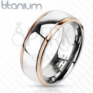 Titánový prsteň s okrajmi medenej farby a stredom striebornej farby