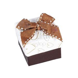 Krabička so srdiečkami zlatej farby na šperk, hnedá mašľa
