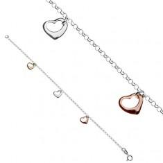 Šperky eshop - Náramok na ruku zo striebra 925 s tromi farebnými srdiečkami Y54.11