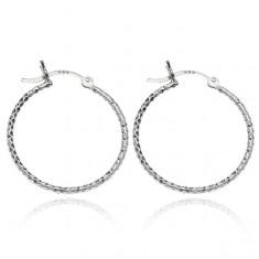 Šperky eshop - Náušnice zo striebra 925 - trblietavý efekt kruhov s priehlbinkami, 25 mm S6.15