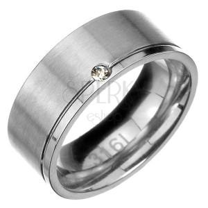 Prsteň z ocele - matný pás s lesklým zárezom a zirkónom na okraji