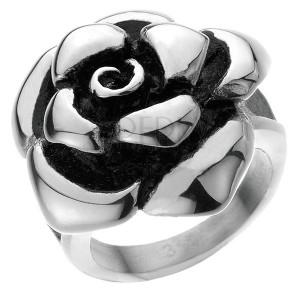 Oceľový prsteň - mohutná ruža
