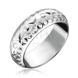 Strieborný prsteň 925 - gravírované hviezdy a krúžky