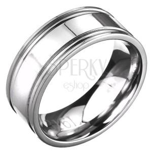 Prsteň z ocele - obrúčka striebornej farby s dvojitým vrúbkovaním
