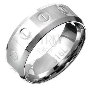 Prsteň z ocele - obrúčka so vzorom kruhov a čiarok, skosené okraje