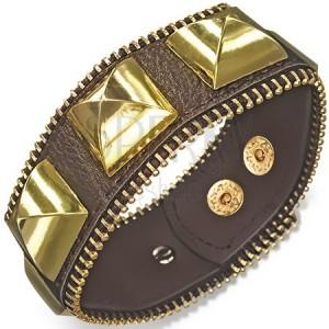 Mohutný kožený náramok - hnedý s pyramídami zlatej farby, zips