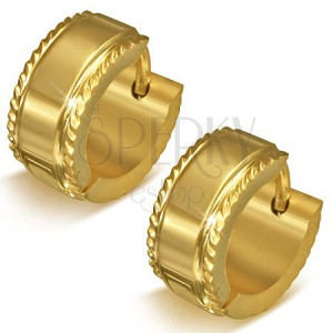 Oceľové náušnice - malé zlatisté kruhy s vrúbkovaným lemom