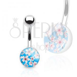 Oceľový barbell do pupka - červenobiele kvety na modrom pozadí