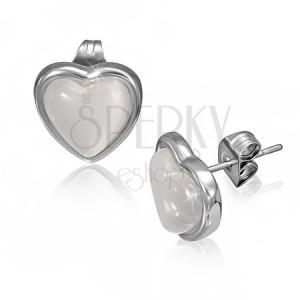 Náušnice z ocele s belavým kameňom v tvare srdca v objímke
